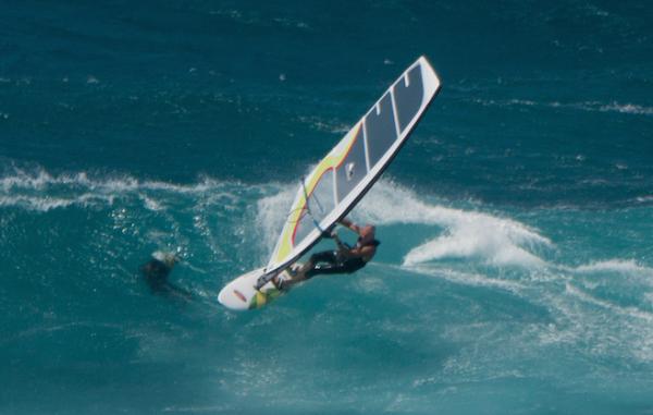 Free things to do on Maui - Watch Ho'okipa windsurfer