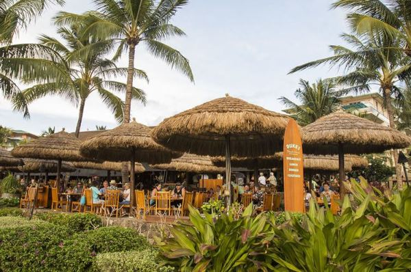 Maui Happy Hour at Dukes at Honua Kai