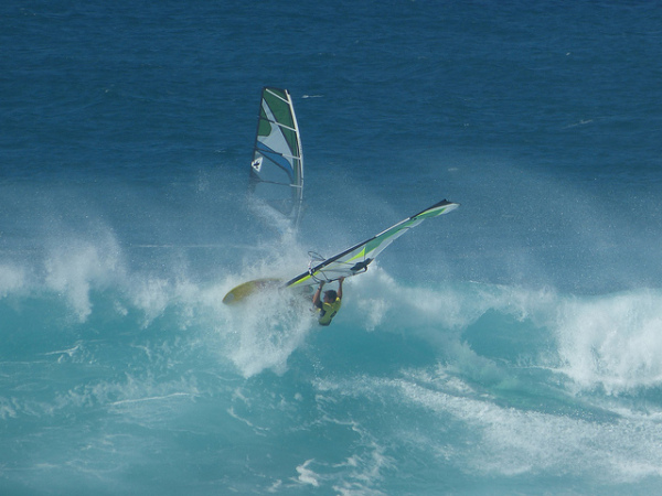 Maui adventure: Windsurfers at Hookipa