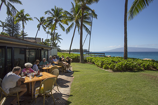 Maui Happy Hour at Castaway Cafe at Ka'anapali Villas