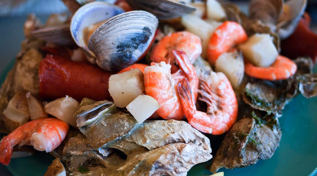 7 best myrtle beach restaurants with authentic seafood for Mr fish myrtle beach menu